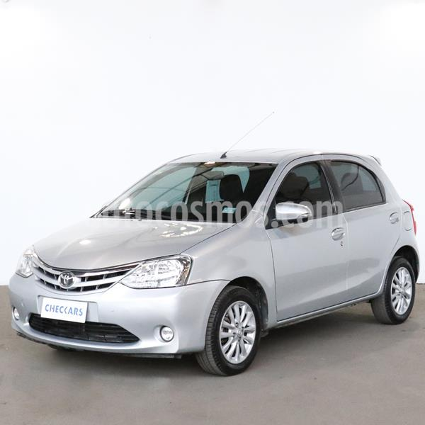 Toyota Etios Hatchback XLS usado (2015) color Gris Plata  precio $805.000
