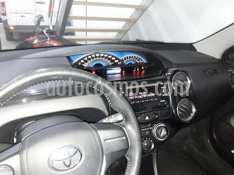 Toyota Etios Hatchback XLS usado (2015) color Azul precio $630.000