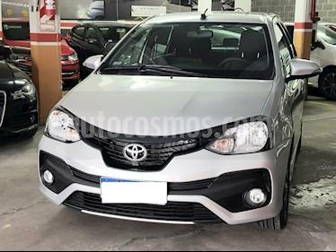 Toyota Etios Hatchback XLS usado (2019) color Gris precio $980.000