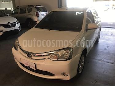 Toyota Etios Hatchback XLS usado (2014) color Blanco precio $485.000
