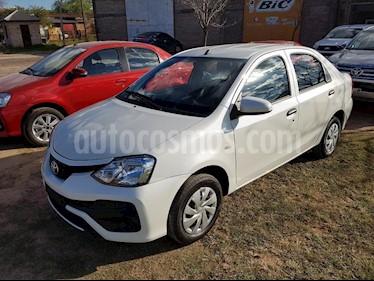 Foto venta Auto usado Toyota Etios Hatchback Cross Aut (2018) color Blanco precio $535.000