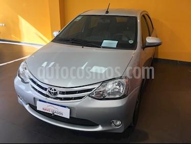 Foto venta Auto usado Toyota Etios Hatchback Platinum Aut 2016/17 (2016) color Gris Plata  precio $440.000
