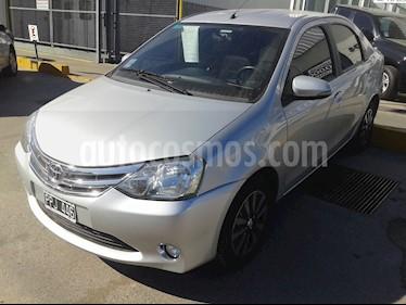 Foto venta Auto usado Toyota Etios Hatchback Platinum (2016) color Plata precio $199.200