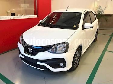 Foto venta Auto usado Toyota Etios Hatchback XLS Aut (2019) color Blanco Perla precio $590.000