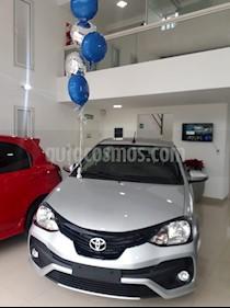 Foto venta Auto usado Toyota Etios Hatchback XLS Aut (2019) color Gris Plata  precio $599.000