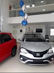 Foto venta Auto usado Toyota Etios Hatchback XLS Aut (2019) color Gris Plata  precio $600.000