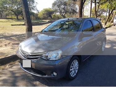 Foto venta Auto usado Toyota Etios Hatchback XLS (2014) color Gris Oscuro precio $360.000