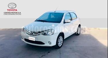 Foto venta Auto usado Toyota Etios Hatchback XLS (2014) color Blanco precio $360.000