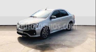 Toyota Etios Sedan Platinum Aut usado (2018) color Gris Claro precio $820.000