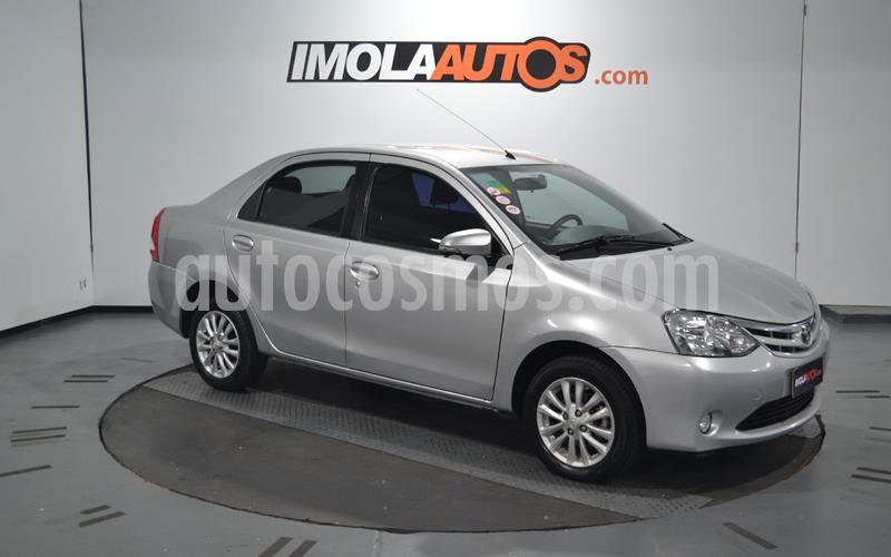 foto Toyota Etios Sedán XLS usado (2014) color Plata precio $790.000