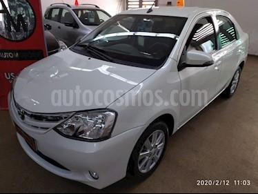 Toyota Etios Sedan XLS Aut usado (2016) color Blanco precio $560.000