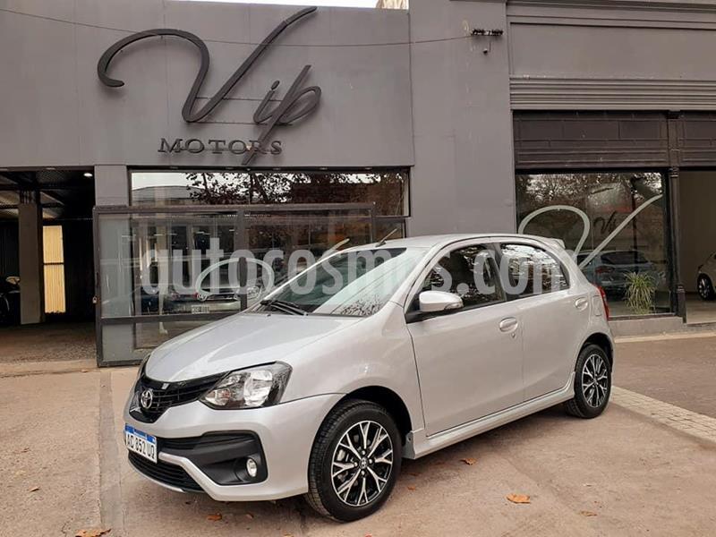 Toyota Etios Sedan XLS Aut usado (2018) color Gris Claro precio $930.000