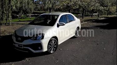 Toyota Etios Sedan XLS usado (2018) color Blanco precio $660.000