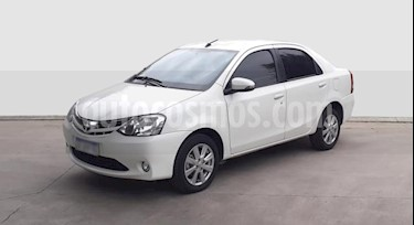 Toyota Etios Sedan XLS usado (2016) color Blanco precio $650.000