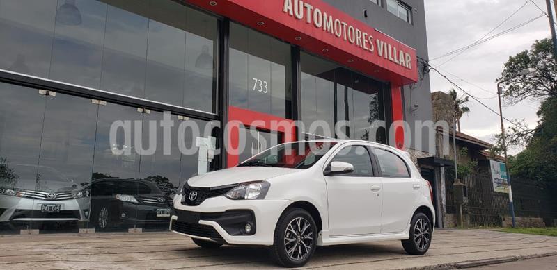 Toyota Etios Sedan XLS usado (2020) color Blanco precio $1.520.000