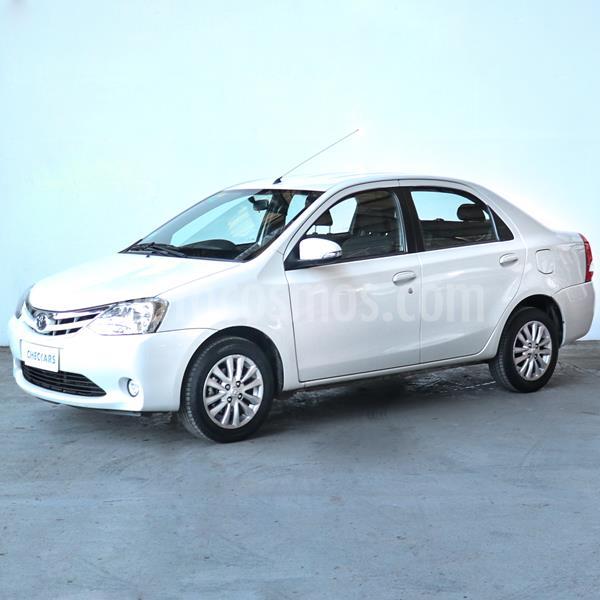 Toyota Etios Sedan XLS usado (2015) color Blanco precio $845.000