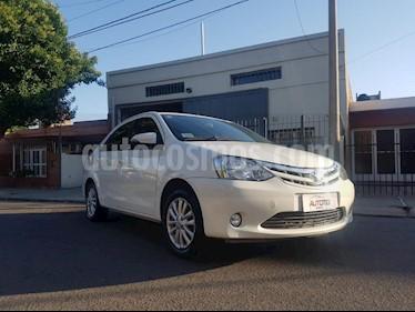 Toyota Etios Sedan XLS usado (2015) color Blanco precio $495.000