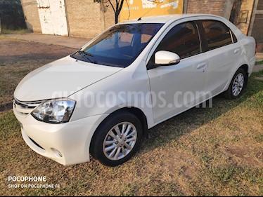 Toyota Etios Sedan XLS usado (2016) color Blanco precio $700.000
