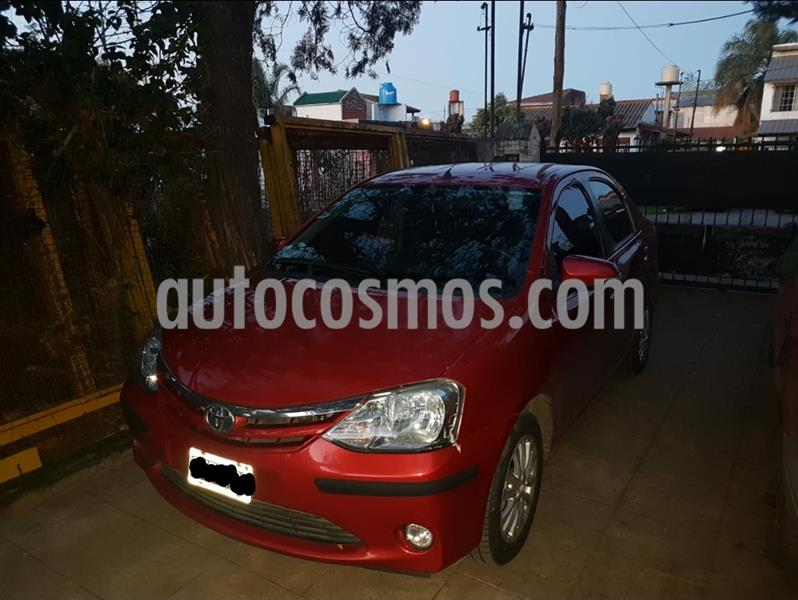 Toyota Etios Sedan XLS 2015/2016 usado (2015) color Rojo precio $705.000