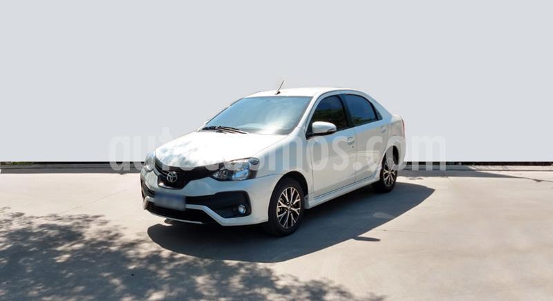 Toyota Etios Sedan XLS usado (2018) color Blanco precio $1.150.000