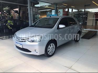 Toyota Etios Sedan XLS Aut usado (2017) color Gris precio $595.000