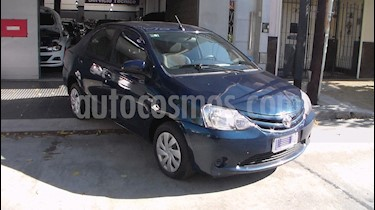 Toyota Etios Sedan XS usado (2016) color Azul Catalina precio $549.900