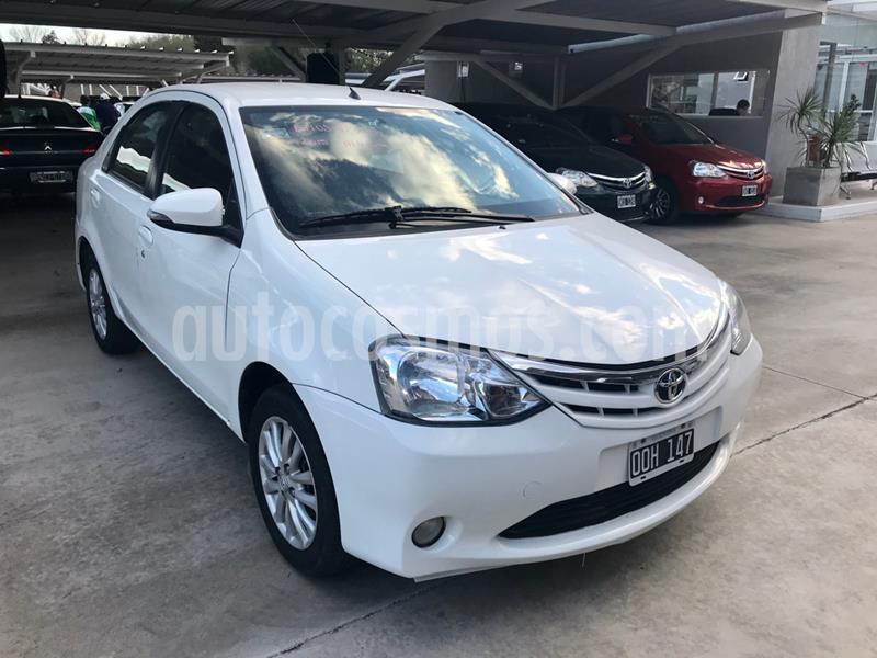 Toyota Etios Sedan XLS usado (2015) color Blanco precio $605.000
