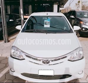 Toyota Etios Sedan XLS usado (2016) color Blanco precio $715.000