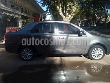 Foto venta Auto usado Toyota Etios Sedan XLS 2015/2016 (2015) color Gris Oscuro precio $328.000
