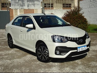 Foto venta Auto usado Toyota Etios Sedan XLS 2016/17 (2019) color Blanco precio $280.000