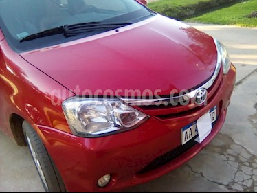 Foto Toyota Etios Sedan XLS 2016/17 usado (2016) color Rojo precio $320.000