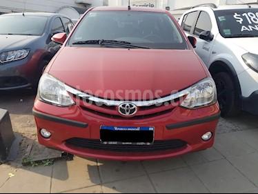 foto Toyota Etios Sedán XLS Aut usado (2016) color Rojo precio $475.000