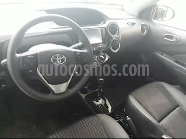 Foto venta Auto usado Toyota Etios Sedan XLS Aut (2019) color Gris Plata  precio $590.000