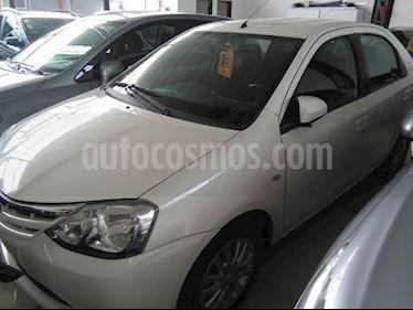 Foto venta Auto usado Toyota Etios Sedan XLS (2013) color Blanco precio $275.000