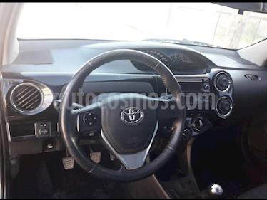 Toyota Etios Sedan XLS usado (2016) color Gris Oscuro precio $450.000