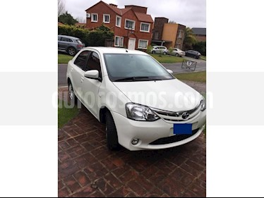 Foto venta Auto usado Toyota Etios Sedan XLS (2014) color Blanco Perla precio $350.000