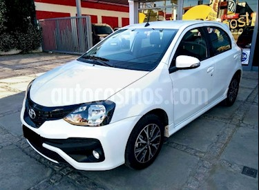 Toyota Etios Sedan XLS usado (2019) color Blanco precio $598.000
