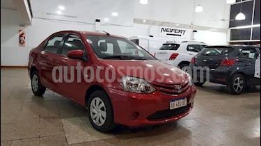 Foto venta Auto usado Toyota Etios Sedan XLS (2017) color Rojo