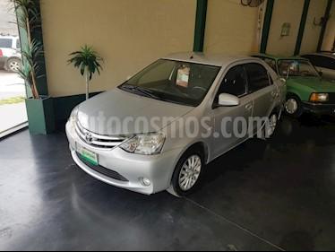 Foto Toyota Etios Sedan XLS usado (2014) color Gris Claro precio $395.000