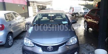Toyota Etios Sedan XLS usado (2017) color Gris Oscuro precio $425.000