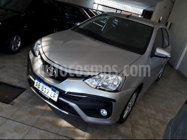 Foto venta Auto usado Toyota Etios Sedan XLS (2017) color Gris Oscuro precio $297.000