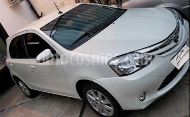 foto Toyota Etios Sedán XLS usado (2017) color Blanco precio $485.000