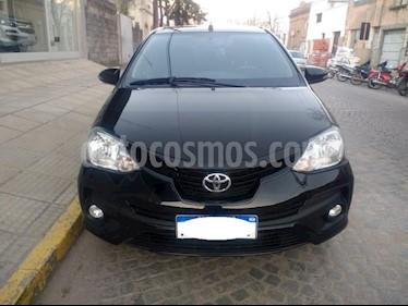 Toyota Etios Sedan XLS usado (2017) color Negro precio $495.000
