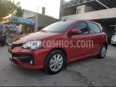 Foto Toyota Etios Sedan XLS usado (2018) color Rojo precio $640.000