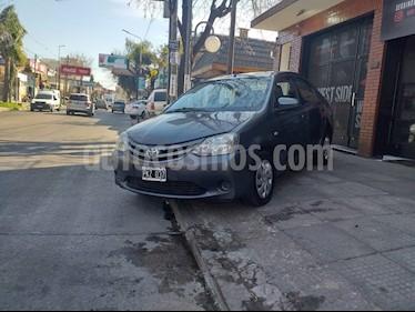 Foto venta Auto usado Toyota Etios Sedan XS 2015/2016 (2016) color Gris Oscuro precio $380.000