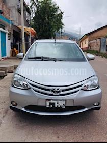 Toyota Etios 1.5L  usado (2018) color Plata Metalizado precio u$s12,000