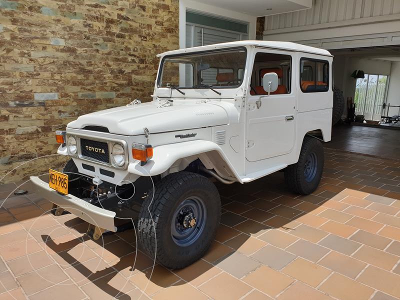 Toyota FJ Cruiser 4.0 Mec usado (1983) color Blanco precio u$s30.000