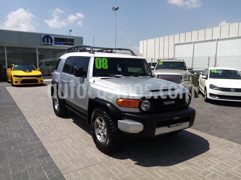 Toyota FJ Cruiser Premium usado (2008) color Plata Dorado precio $285,000