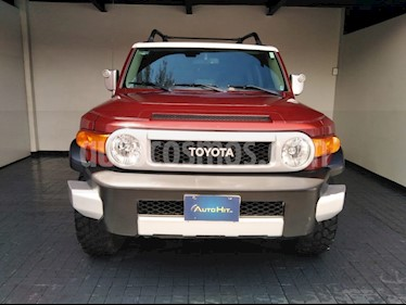 Toyota FJ Cruiser Premium usado (2011) color Rojo precio $328,000