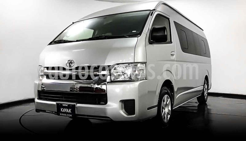 foto Toyota Hiace 2.7L Bus 15 Pas usado (2016) color Gris precio $352,999